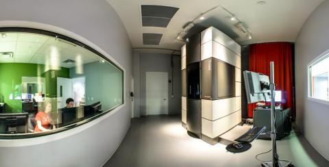Titan electron microscope